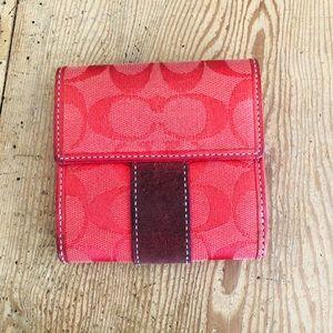Small Snap Wallet